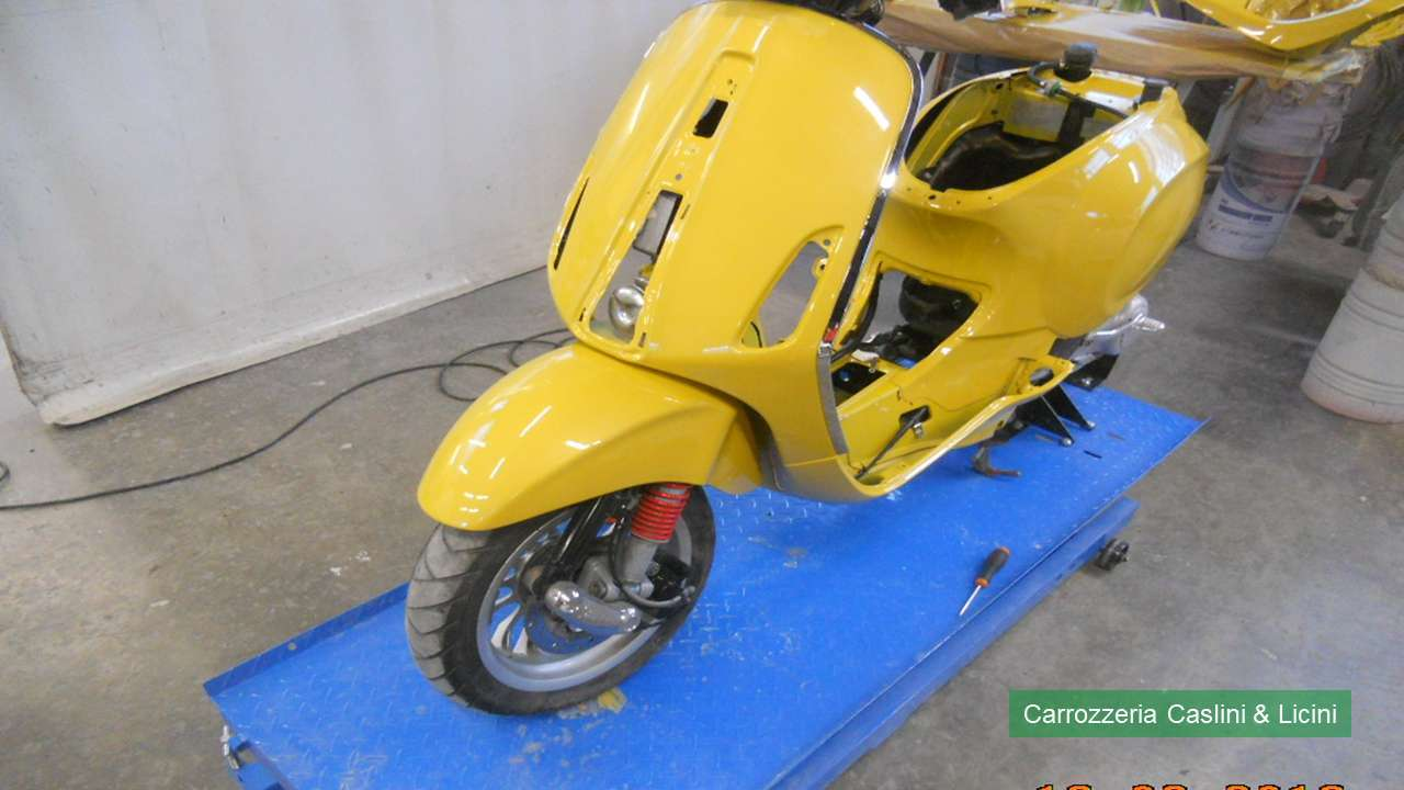 Riparazione carene di moto | Carrozzeria Caslini & Licini